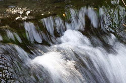Kleiner_Wasserfall_im_Harz