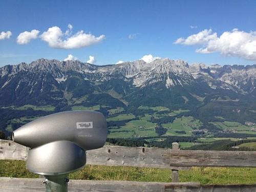 Triol_Fernrohr-c-Tirol-Werbung