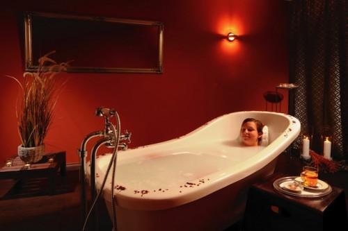 Entspannen und den Alltag hinter sich lassen - das gelingt im Maritim Badehotel in Bad Wildungen ganz leicht. Foto: djd/Maritim Hotels