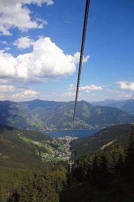 Gute Aussichten haben Wanderurlauber auch im Salzburger Land. Foto: djd/Eurohike