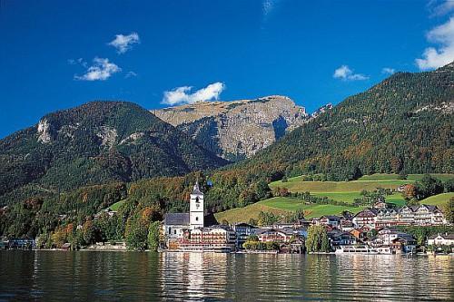 Die gemütlichen Seeorte im Salzburger Land sind ideale Ausgangspunkte für genussvolle Radtouren. Foto: djd/Eurobike