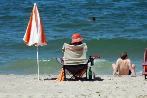 Dünen, Wind und Wellen gehören zu einem Urlaub an der Nordsee einfach dazu - auch außerhalb der Badesaison. Foto: djd/Kurverwaltung List/M.Koch