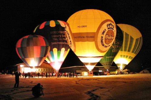Im Januar 2015 gibt es in Mauterndorf wieder ein internationales Treffen der Ballonfahrer. Foto: djd/Tourismusverband Mauterndorf