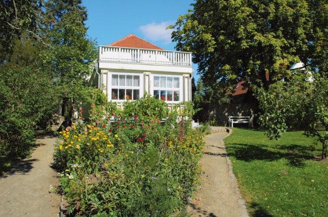 Kulturell hat die Feldberger Seenlandschaft einiges zu bieten. Literaturinteressierte sei beispielsweise das Hans-Fallada-Museum ans Herz gelegt. (Foto: epr/Feldberger Seenlandschaft)