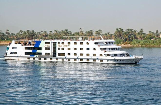 Mit dem Flusskreuzfahrtschiff gelangen die Ägyptenurlauber zu den schönsten Stätten am Nil. Foto: djd/ECCO-Reisen GmbH