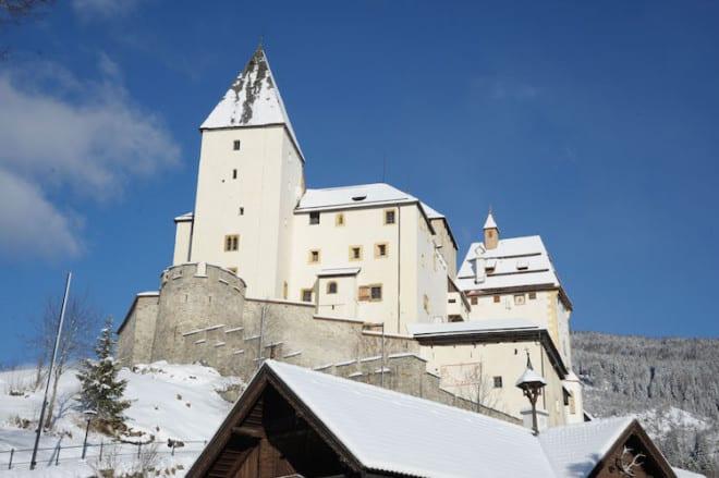 Mauterndorf ist ein gemütlicher Familien-Skiort mit Flair. Foto: djd/Tourismusverband Mauterndorf