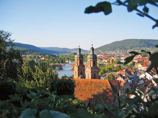 Das schöne Miltenberg und seine traumhafte Umgebung sind eine Reise wert. (Foto: epr/ Churfranken e.V./Mainblende)