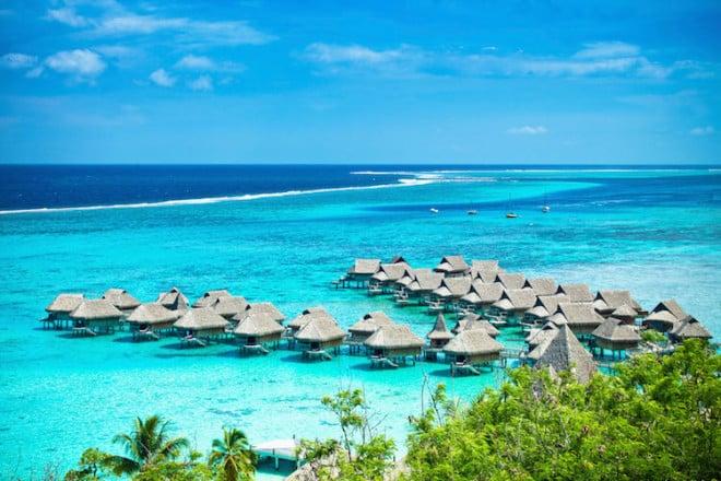 Schon die Vorfreude auf ein sonniges Urlaubsland kann den Winterblues vertreiben. Foto: djd/ERV Europäische Reiseversicherung/iStock.com/Mlenny
