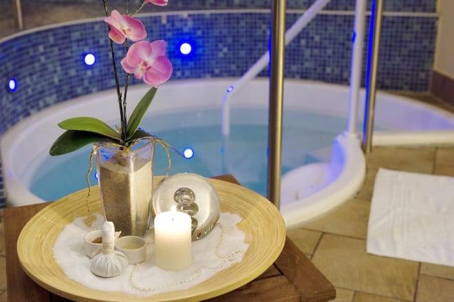 Wellnessbereich des PARKHOTELs ambiente in Hohnstein. Bildquelle: ambiente Wellness Hotel Group.