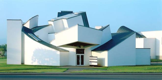 Das Vitra Design Museum zählt zu den führenden Designmuseen weltweit. Foto: djd/Basel Tourismus