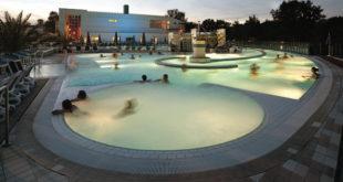 Abendstimmung in der Europatherme Bad Füssing Foto: Tourismusverband Ostbayern e.V.
