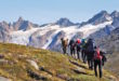 Wanderung am Sermilik-Fjord mit Gletschern im Hintergrund Foto: Wikinger Reisen