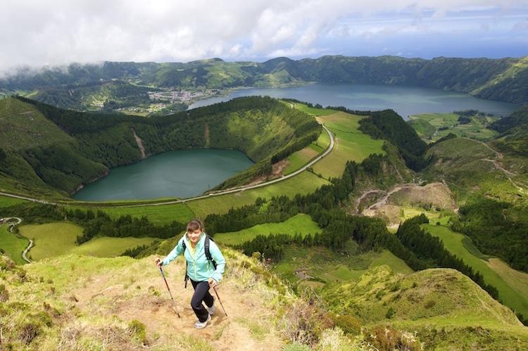 """""""Feliz ano novo auf den Azoren!"""" –mitten im Atlantik warten dschungelartige Wälder, heiße Quellen und wilde Küsten Foto: Wikinger Reisen"""