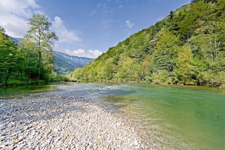 Gorski Kotar: Im Hinterland der Kvarner Bucht Kroatiens wartet eine herrliche Gebirgslandschaft, reich an grünen Wäldern, hohen Gipfeln und unterschiedlichen Gewässern darauf, entdeckt zu werden. (Foto: epr/I.D. Riva Tours)