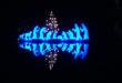 """Ein Highlight des """"Weihnachtsdorfs Waldbreitbach"""" ist die schwimmende Krippe auf der Wied. Beim besinnlichen Lichtspiel machen nicht nur die kleinen Besucher große Augen. (Foto: epr/Touristik-Verband Wiedtal e.V.)"""