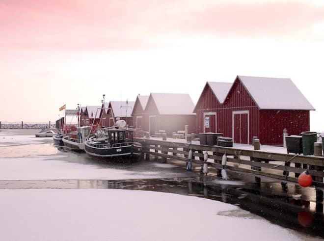 Foto: Fischereihafen im Winter © Kurverwaltung Ostseebad Boltenhagen, Fotograf Patrick de Jourdan