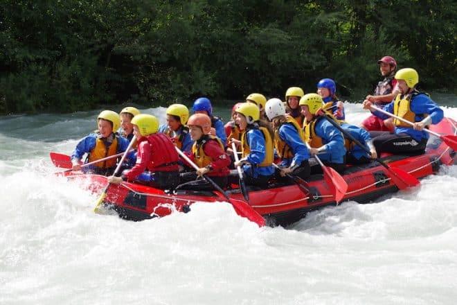 Beim Rafting kommt Abenteuerfeeling auf