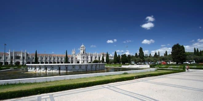 In Lissabon ist der Besuch des Klosters Mosteiro dos Jerónimos kostenlos.