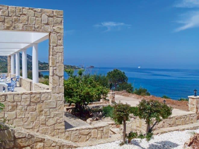 Mildes Klima und romantische Landschaften zeichnen Zypern aus.