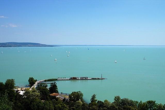 Ferienwohnungen am Balaton sind preisgünstig und daher bei Familien sehr beliebt