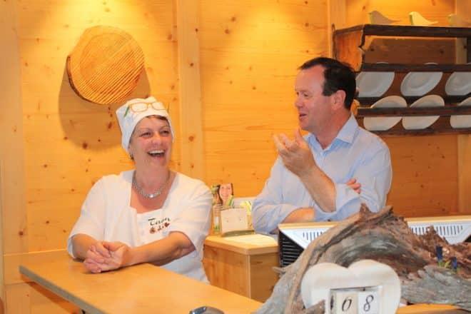 Hotelinhaber Barbara und Markus Untermarzoner