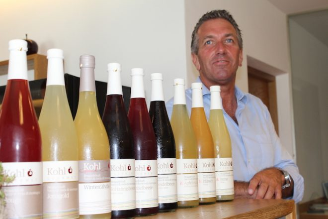 Thomas Kohl präsentierte stolz seine Südtiroler Apfelsäfte.