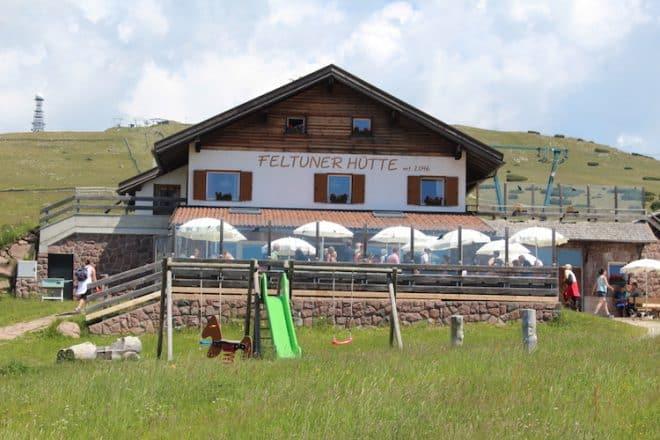 Die Feltuner Hütte auf dem Ritten.