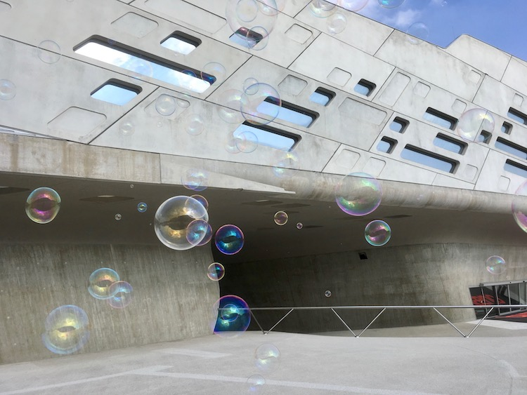 Seifenblasenfestival in der phaeno Wolfsburg