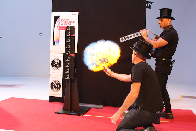 Weltrekord der größten explodierenden Seifenblase