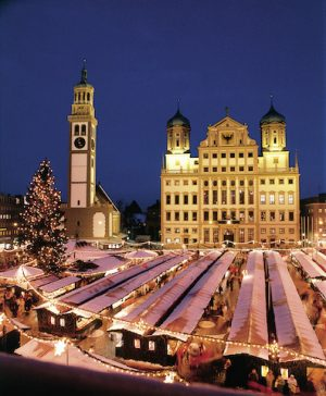 Auf der Romantischen Straße wird es wieder weihnachtlich.