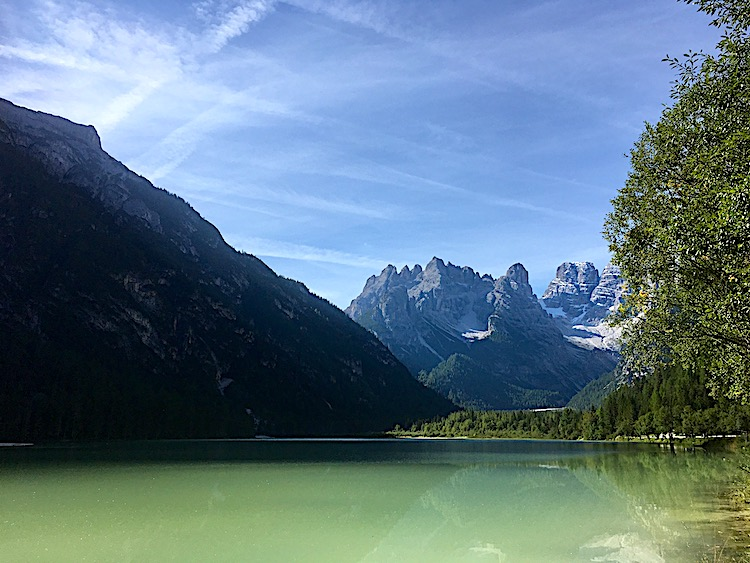 Bei einer Radreise durch die Dolomiten kommt man aus dem Staunen nicht mehr raus.