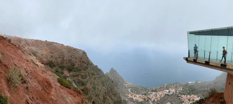 Mirador de Abrante bei Agulo. Ein fantastischer Ausblick. Bei schönem Wetter kann man bis nach Teneriffa schauen