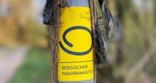 """Der """"Bergische Panoramasteig"""" bietet als Rundweg auf 244 Kilometern Länge zahlreiche eindrucksvolle Aussichten auf das Bergische Wanderland."""