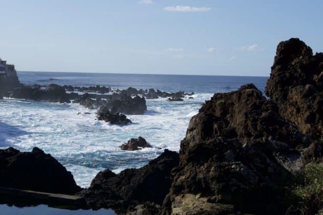 Die Felsbäder von Porto Moniz auf Madeira.